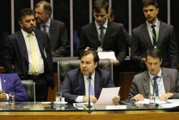 Câmara rejeita todos destaques e aprova reforma da Previdência; proposta vai ao Senado