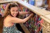 """De volta aos palcos, Cláudia Rodrigues lamenta estar na """"geladeira"""" da Globo: """"Me chamem que eu quero trabalhar"""""""