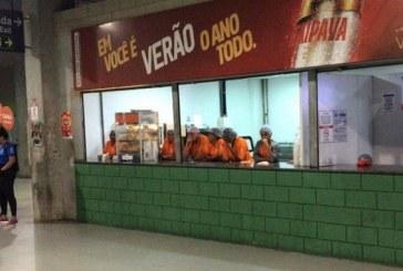 Após campanha, torcida do Bahia boicota venda de cerveja na Fonte Nova