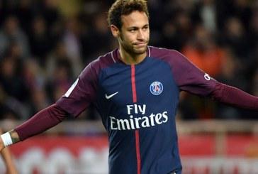 Neymar é hostilizado pela torcida em retorno ao PSG e responde com golaço