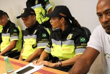 Lauro de Freitas adota padrão nacional para novo fardamento dos agentes de trânsito