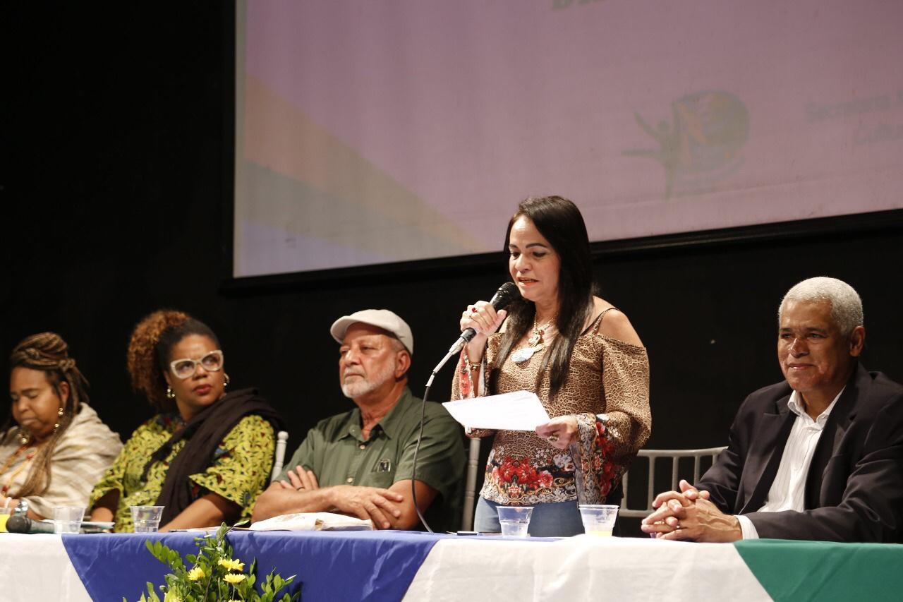 Novos integrantes do Conselho Municipal de Política Cultural são empossados em Lauro de Freitas