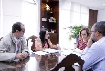 Moema avalia projeto de adequação do Menandro de Faria para Hospital Materno Infantil Municipal