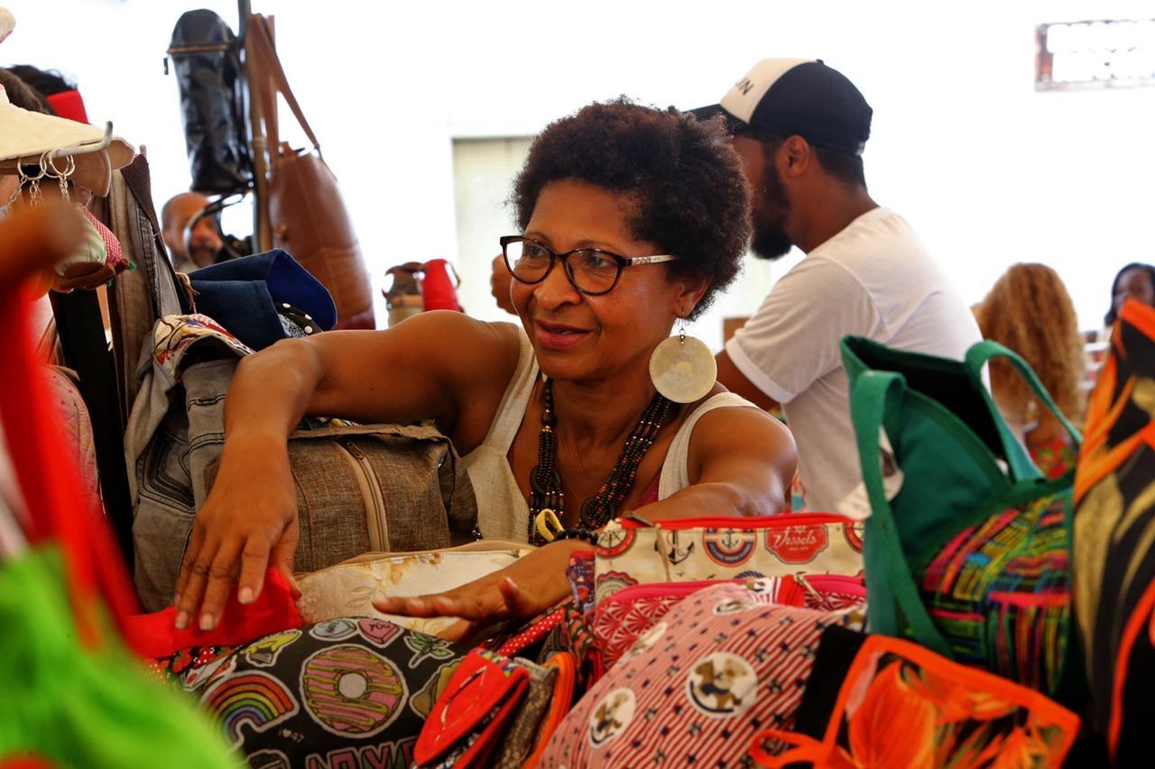 Do incentivo à economia solidária ao passeio histórico, Flica chega ao terceiro dia