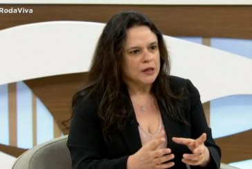 Aliada de Bolsonaro, Janaina Paschoal acredita que o presidente pode não concluir o mandato