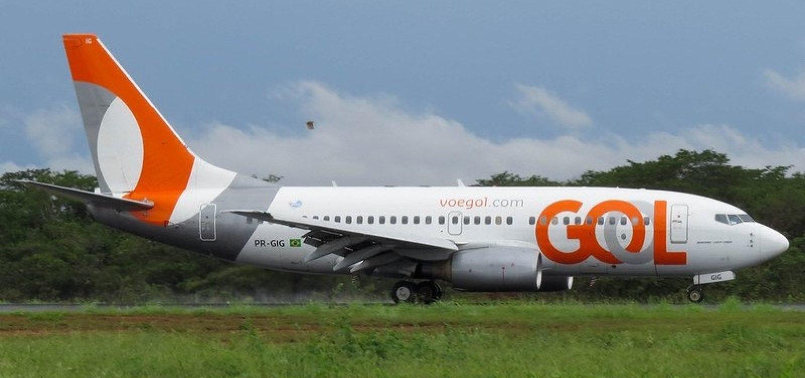 Passageiros passam quase duas horas presos em avião com pane em Salvador