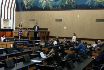 Rosemberg diz que governo federal 'obrigou' aprovação da reforma da previdência e critica Hilton