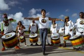 Luan Santana lança clipe gravado com Léo Santana e Olodum; assista