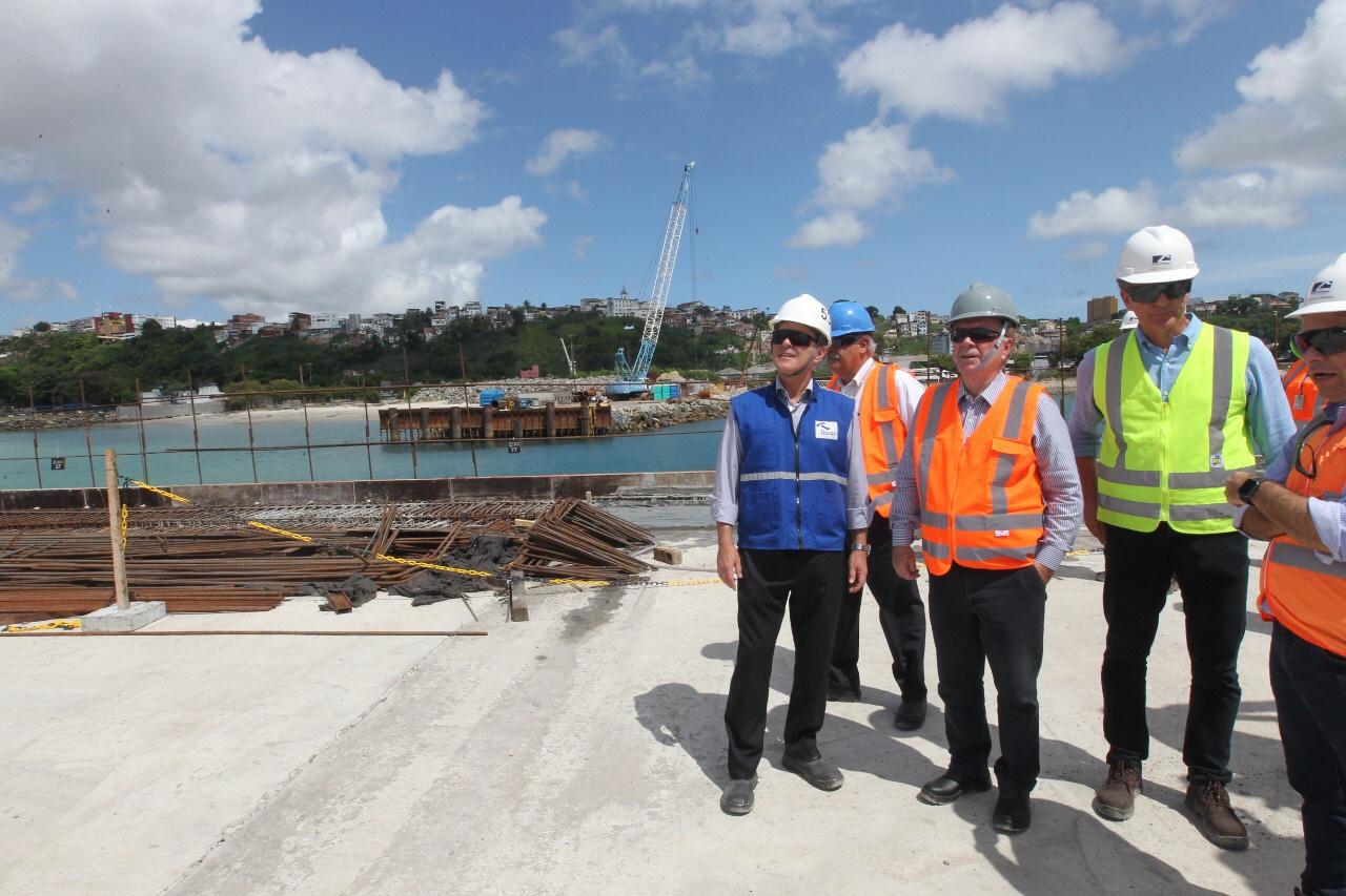 Obras do terminal de contêineres do porto de Salvador serão entregues em março