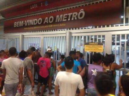 Líderes Comunitários de Lauro de Freitas vão até o Governador para pedir extensão das linhas de ônibus no carnaval