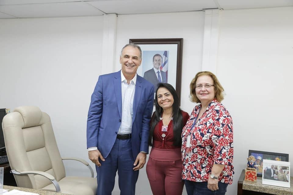 Moema reúne-se com Secretário da Sedur do estado, representantes da Embasa e Conder para tratar demandas de Lauro de Freitas