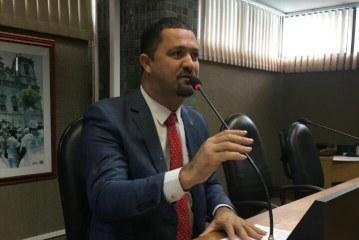 Osni solicita implantação de Complexo Poliesportivo e Educacional em Serrinha