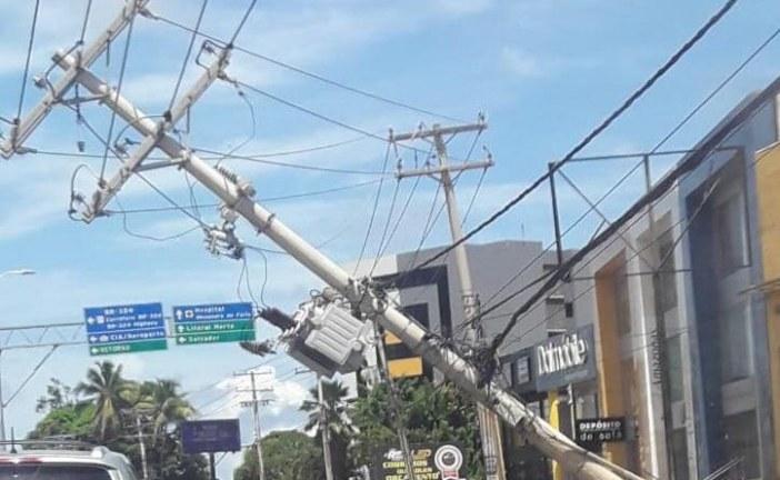 ATENÇÃO: Trecho da Estrada do Coco interditado por acidente será liberado ainda hoje