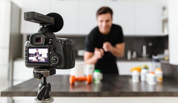 Formação em Youtuber: conheça a graduação para impulsionar na carreira