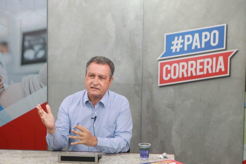 Rui sanciona projeto de lei que garante pagamento de conta de luz para 3,5 milhões de baianos