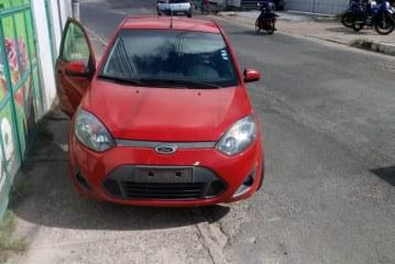 52ª CIPM de Lauro de Freitas recupera veículo tomado de assalto no Centro