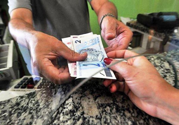 Até quem não precisa dos R$ 600 será beneficiado. Mas é melhor errar para mais, diz pesquisador