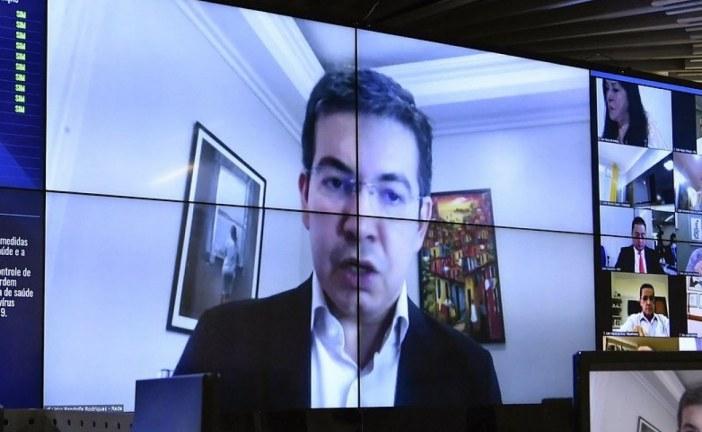 Senador quer adiar eleições municipais para dezembro devido à Covid-19