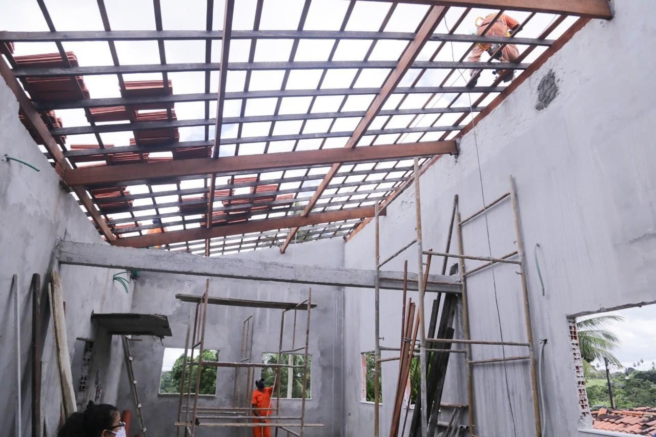 Prefeitura de Lauro de Freitas intensifica obras de revitalização na infraestrutura escolar