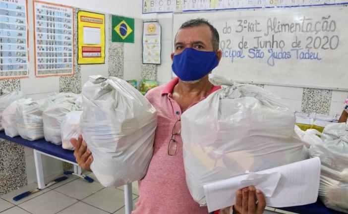 Pais destacam importância dos kits alimentação distribuídos para alunos da rede municipal de ensino