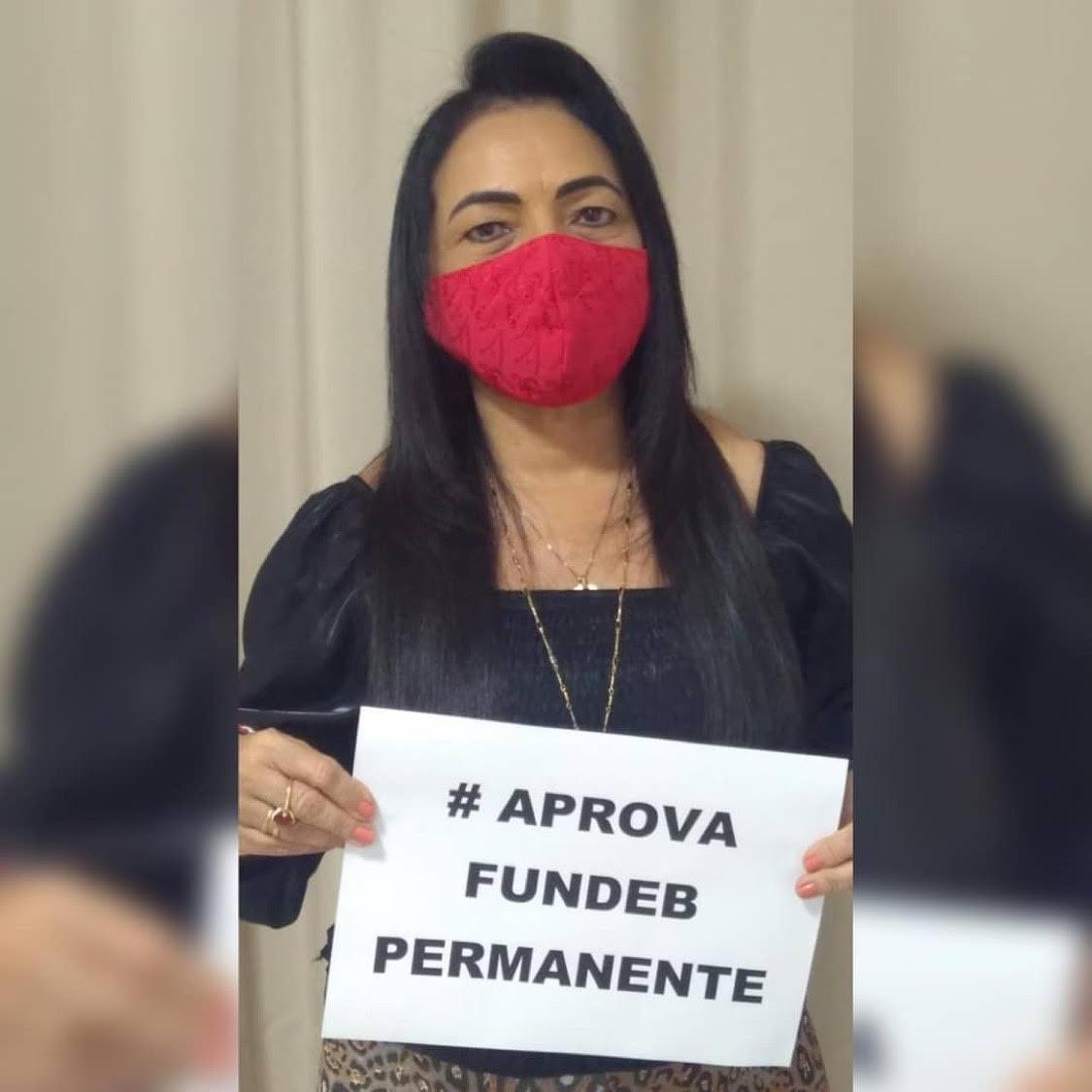 Prefeita Moema Gramacho na campanha #AprovaFundebPermanente