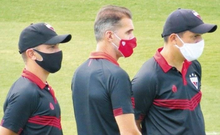 CBF autoriza atletas com coronavírus do Atlético-GO a jogar contra o Flamengo nesta quarta