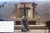 Vídeo: Transmissão online de missa capta teto de igreja caindo após explosão em Beirute