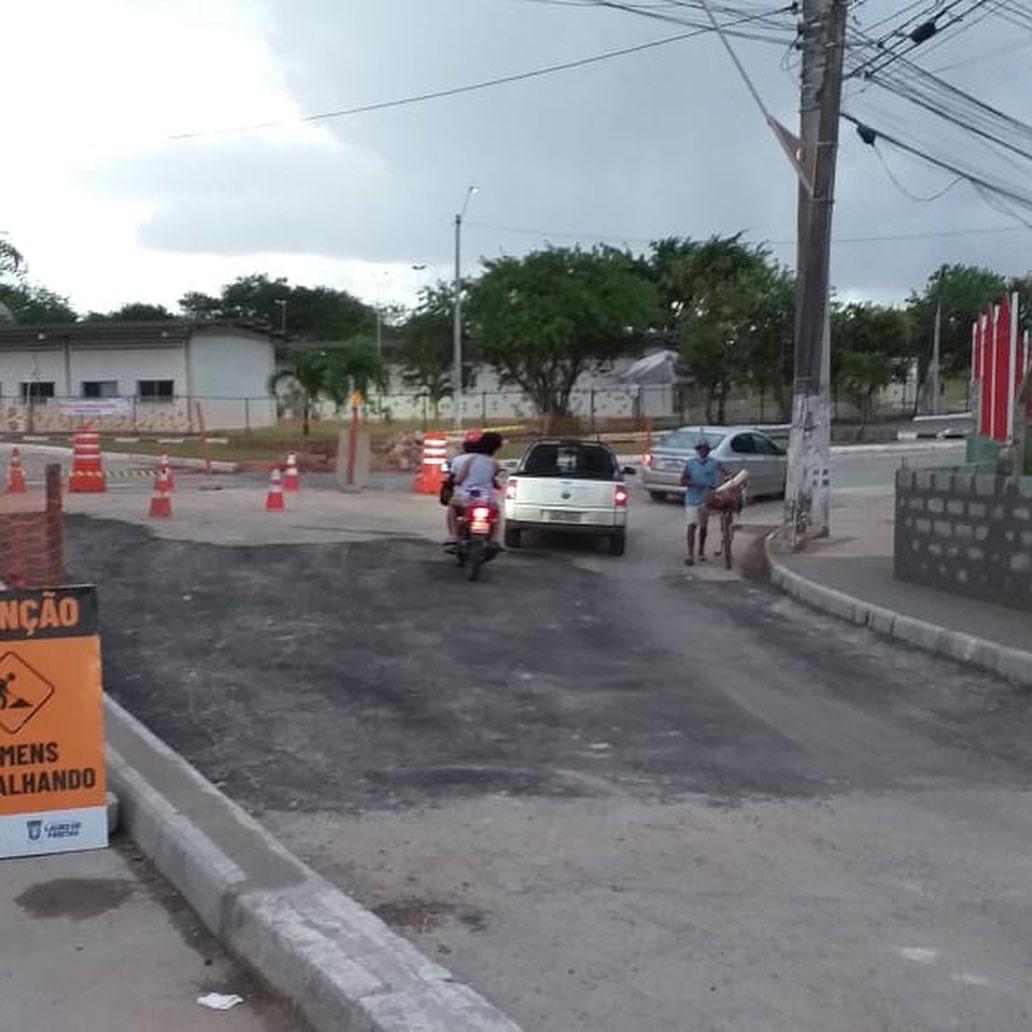 Rua Euvaldo Santos Leite, sentido Salvador, é liberada pela Settop; saiba mais