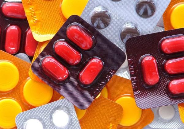 Anvisa decide suspender retenção de receita para Ivermectina e Nitazoxanida