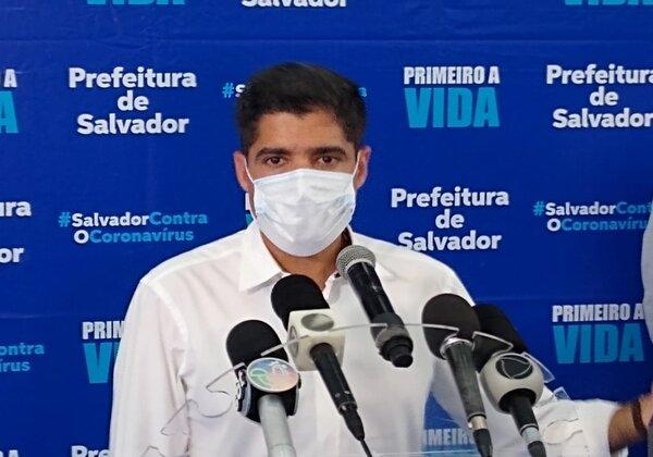 Prefeito de Salvador libera prática de esportes coletivos e comércio nas praias