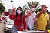 """A nossa força vem das ruas"""", diz Moema Gramacho em carreata"""