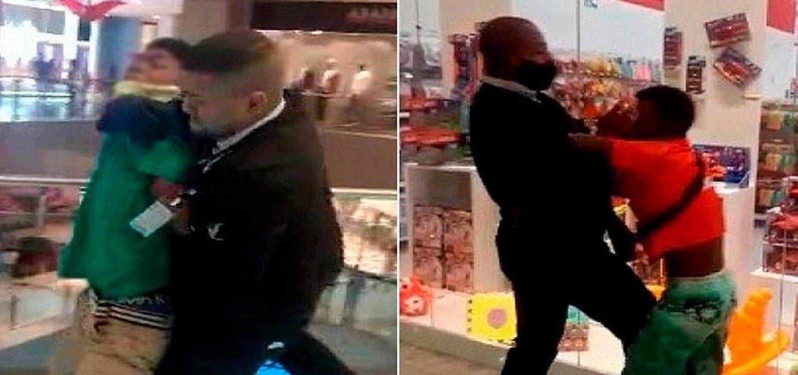 Seguranças expulsam jovens negros com truculência de shopping em Salvador; veja vídeo