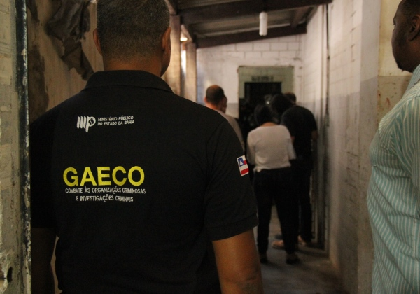 'Operação Fortuna' cumpre oito mandados de prisão para combater milícia na Bahia