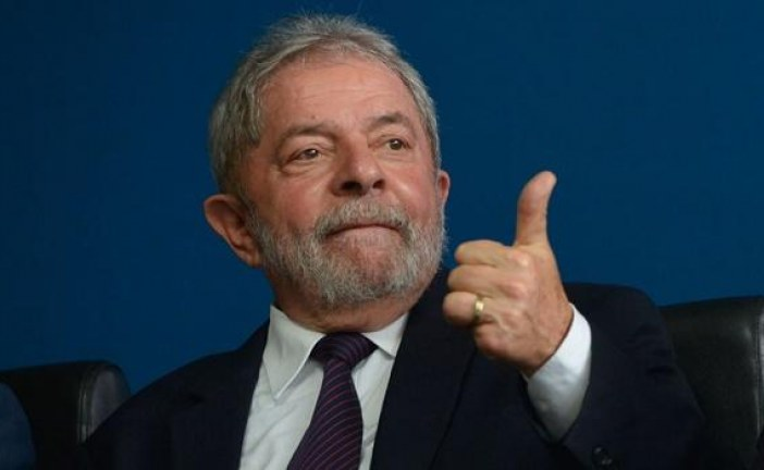 Lula supera Bolsonaro em potencial de voto para 2022, indica pesquisa; Moro tem taxa de rejeição de 50%