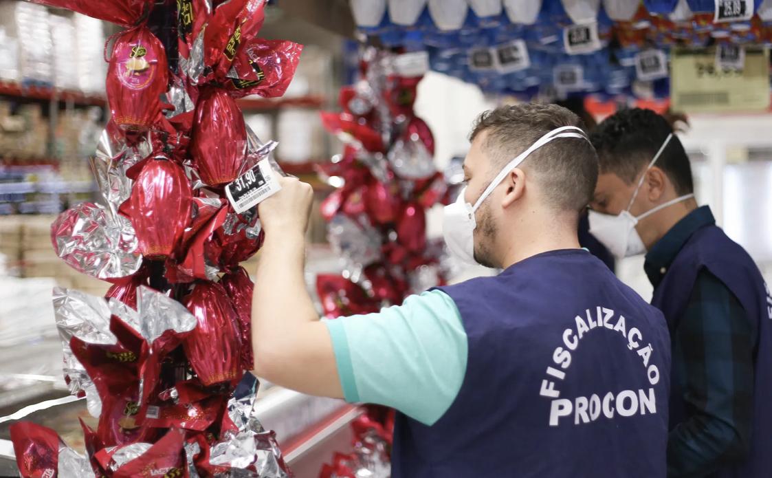 Operação Páscoa já fiscalizou 11 estabelecimentos e realizou autuação por venda irregular