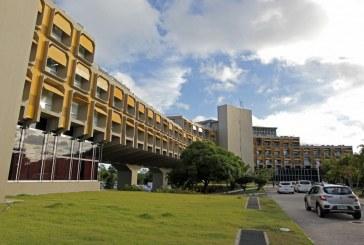 Hospitais para pacientes de Covid-19 seguem com vagas de emprego abertas na Bahia