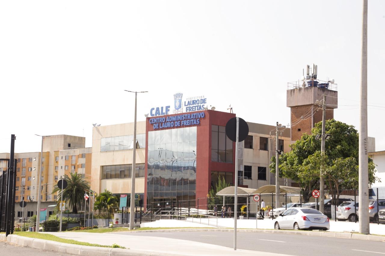 Prefeitura de Lauro de Freitas antecipa pagamento de salários de servidores