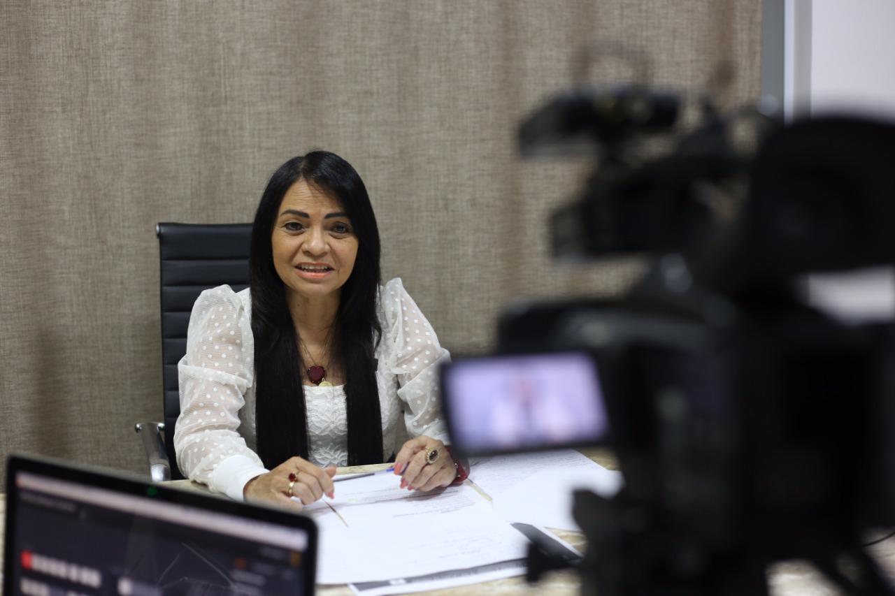 Durante live, Moema destaca trabalho desenvolvido no PA Santo Amaro de Ipitanga e cobra mais vacinas