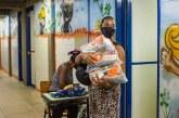 Lauro de Freitas começa distribuição de kits alimentação para 28 mil alunos da rede municipal