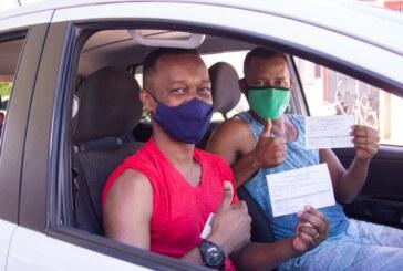 Com movimento intenso, quase 2 mil pessoas são vacinadas em Lauro de Freitas nesta quarta (28)