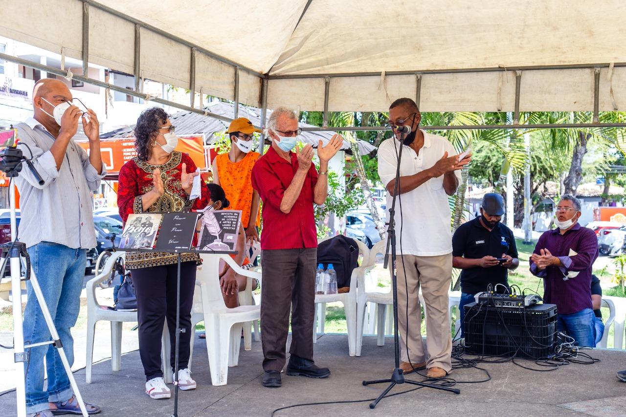 Momento lúdico é destaque na tradicional Feira Livre de Lauro de Freitas