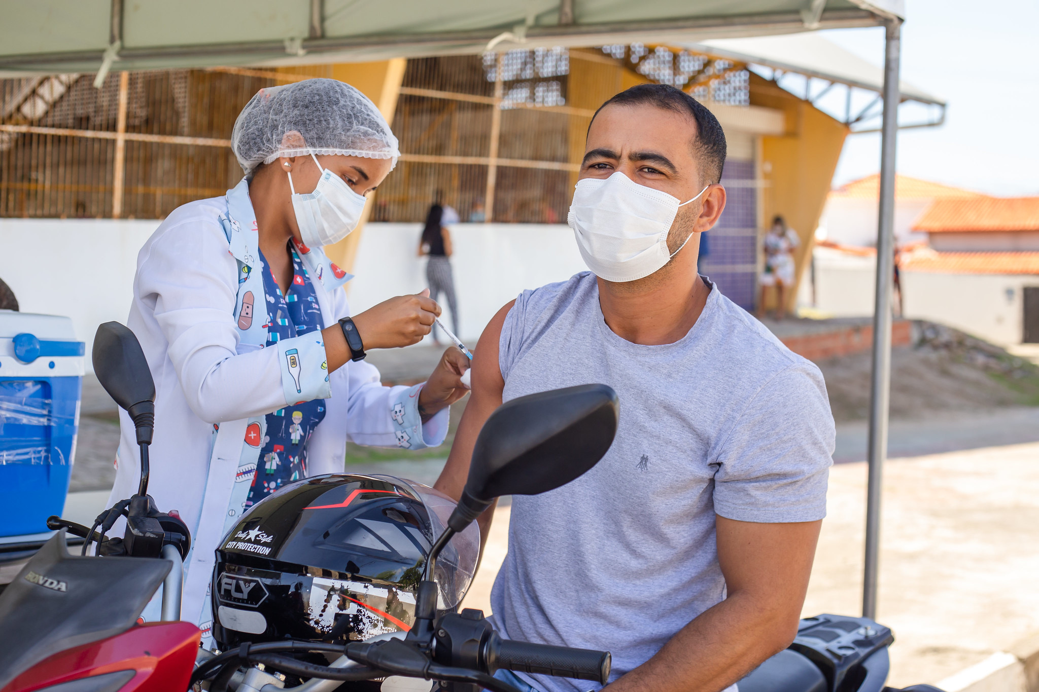 Lauro de Freitas avança com vacinação de pessoas com 35 anos ou mais nesta quinta (5)