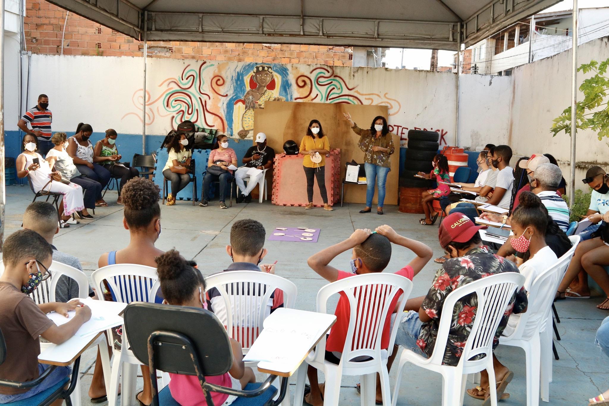 Setembro Amarelo: roda de conversa na base comunitária de Itinga alerta jovens para a prevenção ao suicídio