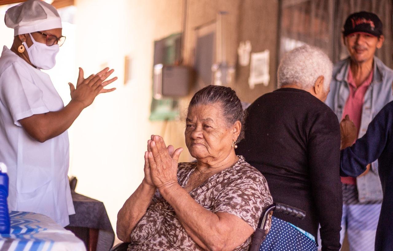 Dia do Idoso: Prefeitura destaca ações e serviços para a terceira idade de Lauro de Freitas