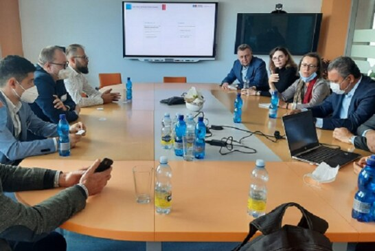 Na Europa, governador Rui Costa firma parceria científica com instituto de tratamento de câncer