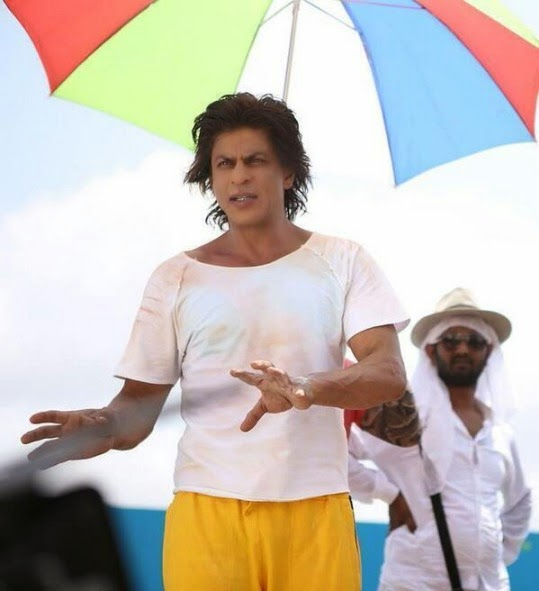 SRK On Sets Of Happy New Year (4/5)