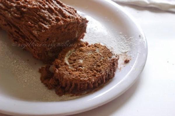 Yule Log Cake1