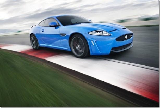 Jaguar-XKR-S_2012_1600x1200_wallpaper_04