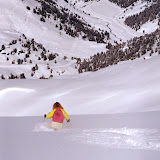Vibe pumping powder down form Mont Vallon, Meribel...