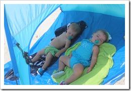 beachtrip2013-maddie 3 month 025